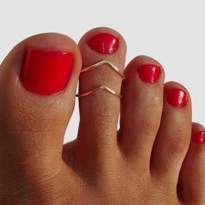 3/$30 💛 Toe Ring